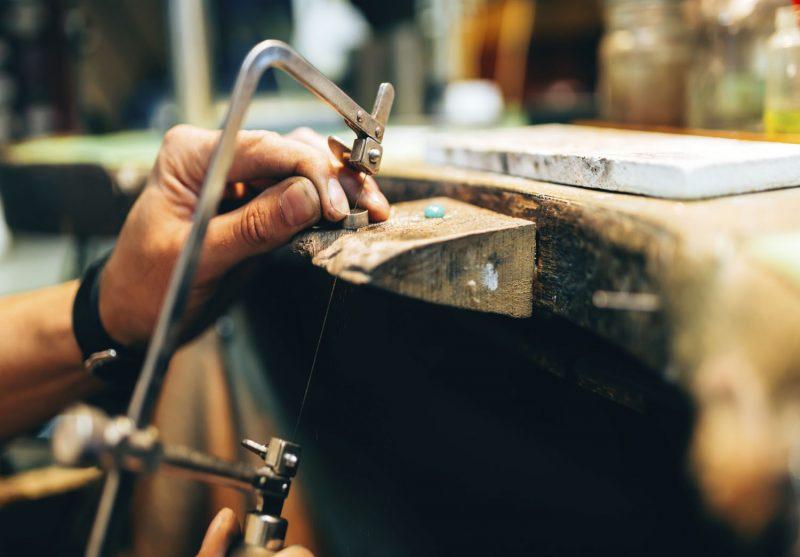 Entretien et réparation de bijoux